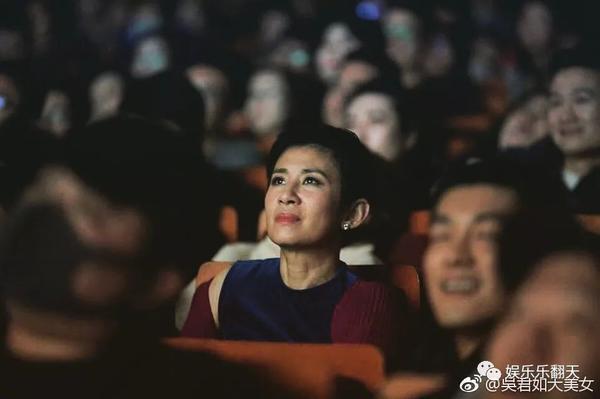 吴君如:当导演虽辛苦但过瘾人生的下半场做个