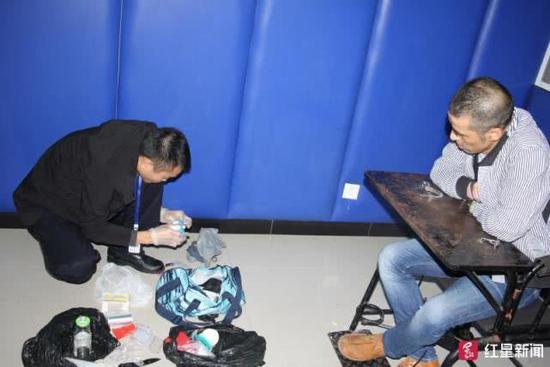 警察抓吸毒人时疑感染艾滋 中国警察网:不接受洗白
