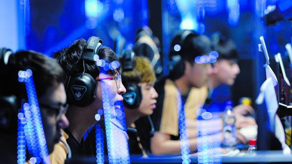 电竞产业链进化:游戏企业拿走九成收入