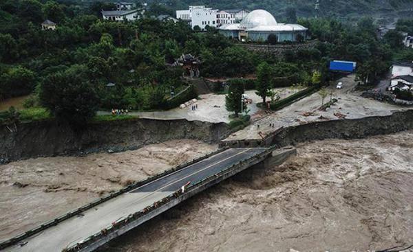 汶川暴雨引发泥石流:4人遇难11人失联,提前转移3万余人