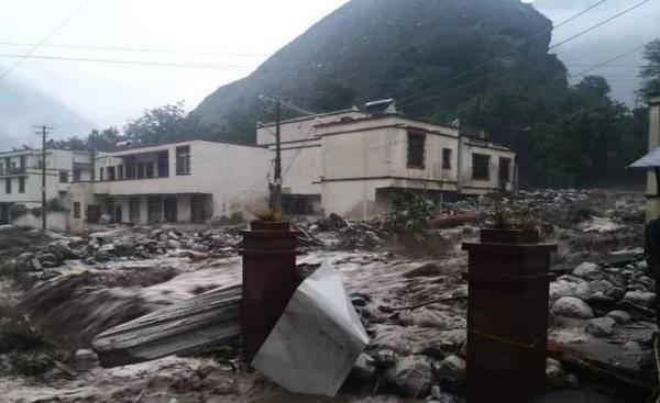 四川汶川多地发生泥石流灾情,已致2人失联3人被困