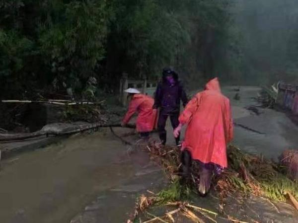 持续关注  暴雨致四川多地发生险情 阿坝州8人遇难23人失联
