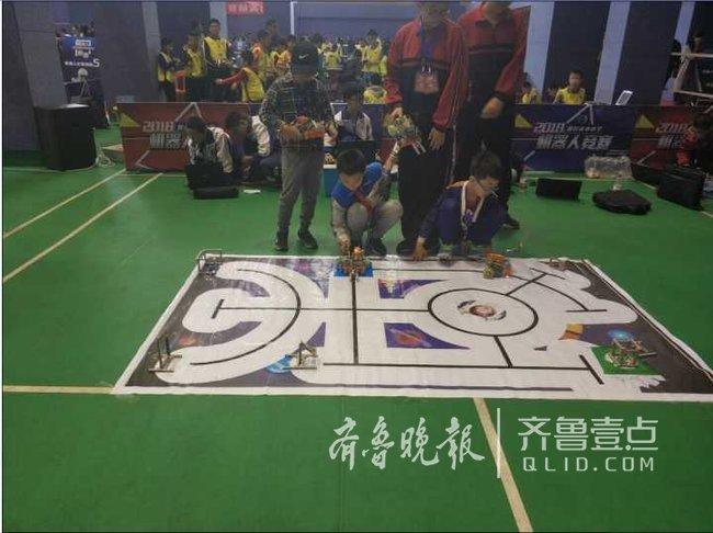 2018年烟台市中小学机器人竞赛在二中东校举语录初中生图片