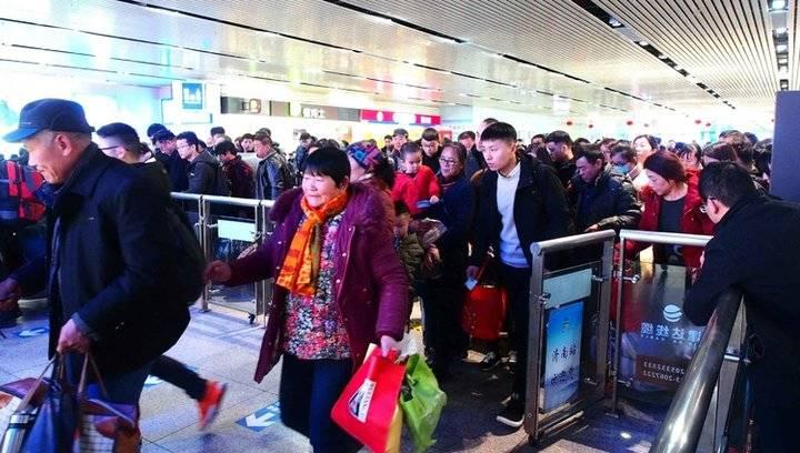 果然视频|腊月二十六,济南站迎来客流高峰