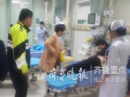 冠县一老人突发脑梗,高速交警及时救助送医