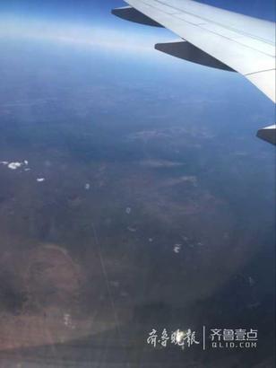 飞行过程中的美景。