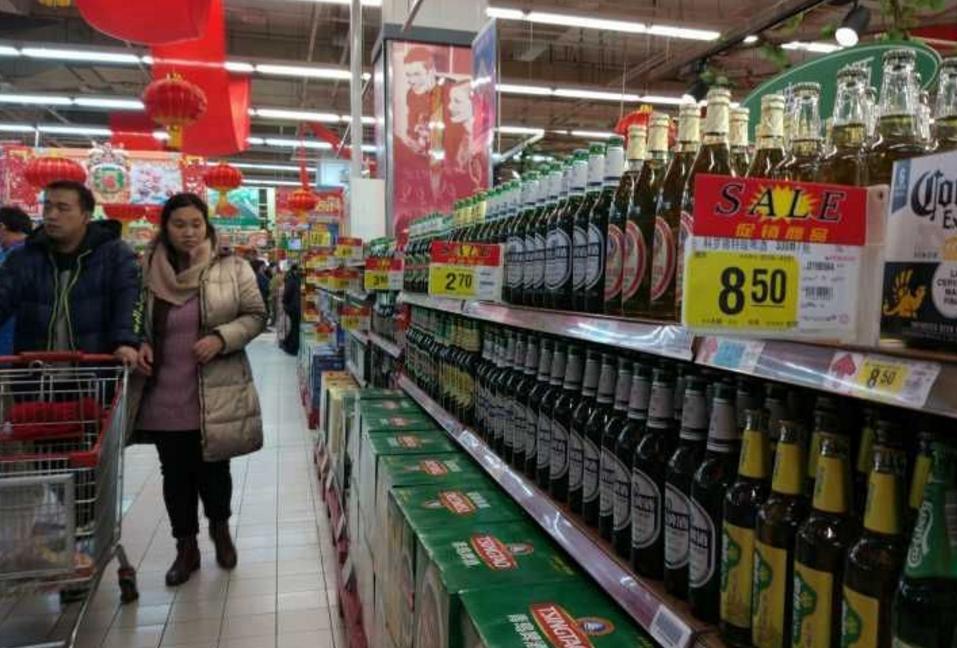 pk10开奖直播app:十年来首次!刚进入2018年,青岛、雪花等啤酒齐涨价