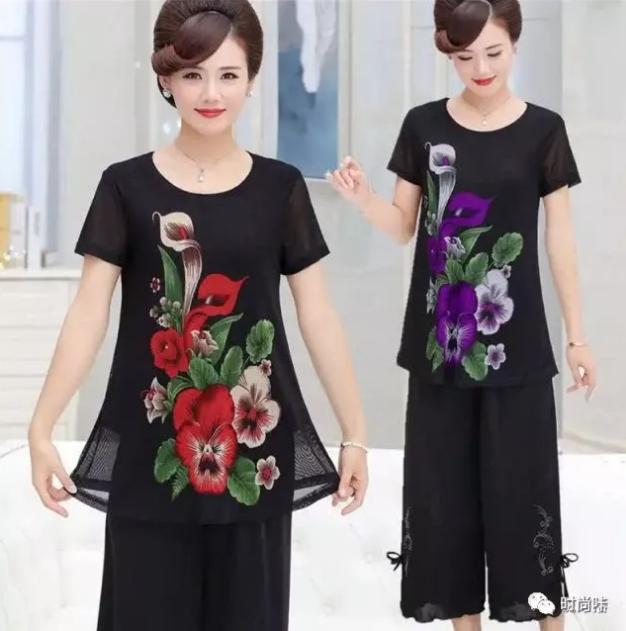 炎炎夏季,中老年若何穿才不錯看?這幾款穿搭有女生味 形象穿搭 第6張